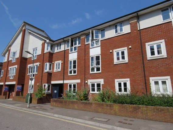 Eveleighs Court, Acland Road, Exeter - Photo 1