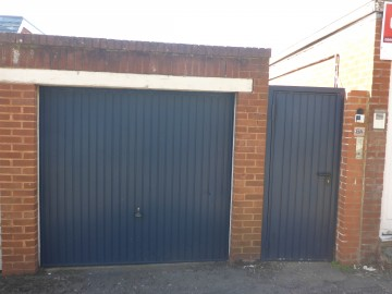 image of Garage at 6A Oxford Road, Close to City Centre