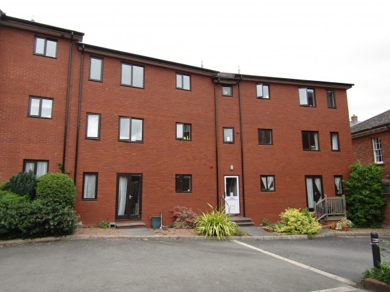 Francis Court, The Burrowe, Crediton - Photo 1